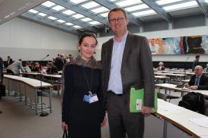 Janina Kazachuk mit Oliver Kaczmarek im SPD-Fraktionssaal